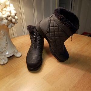 SPORTO SNOW ANKLE BOOTS BLACK size 7.5